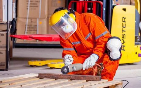 Workwear Accessories for Industrial Worker