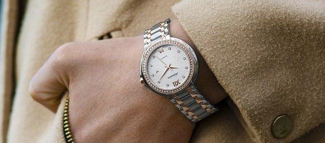 Watches - Analog Watches